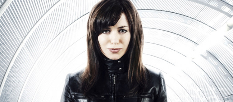Danger Gal Friday: Gwen Cooper